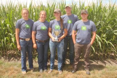 Clayton County Team #2 wins third place at 2017 Iowa Crop Scouting Competition